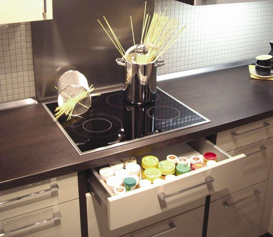Hitzeschutzboden für Elektro-Kochfelder / Schubladen 120er